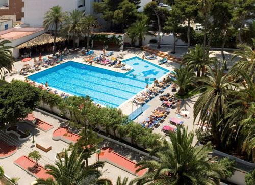 hotel tropical1